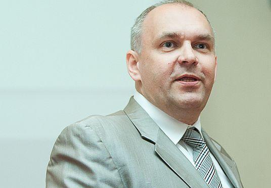 Grzegorz Stępniak z Gaz-System do Poczty Polskiej