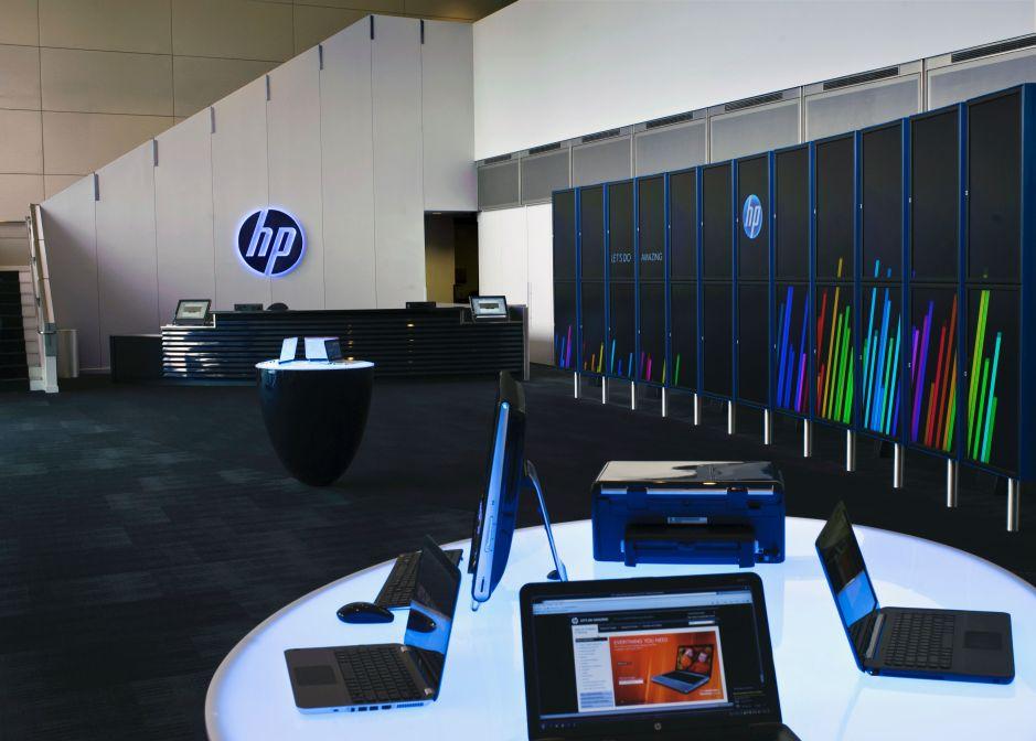 HP podzielone na pół: Hewlett-Packard Enterprise oraz HP Inc.