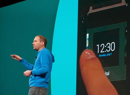 Android Wear: informacje same nas znajdą