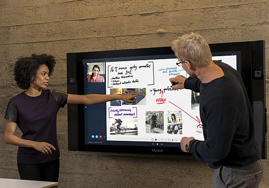 Microsoft surfaceHUB