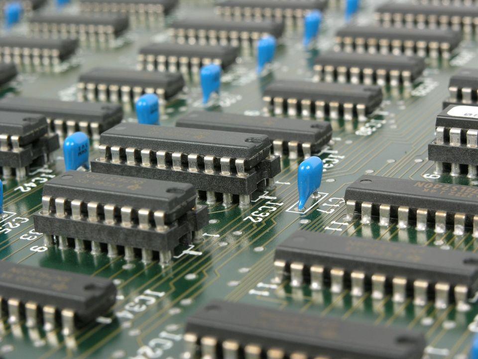 Nowe zastosowania będą napędzać rozwój rynku półprzewodników