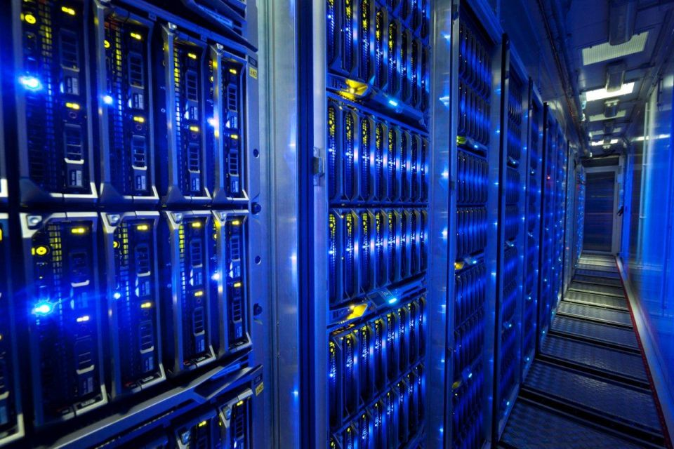 superkomputer_intel
