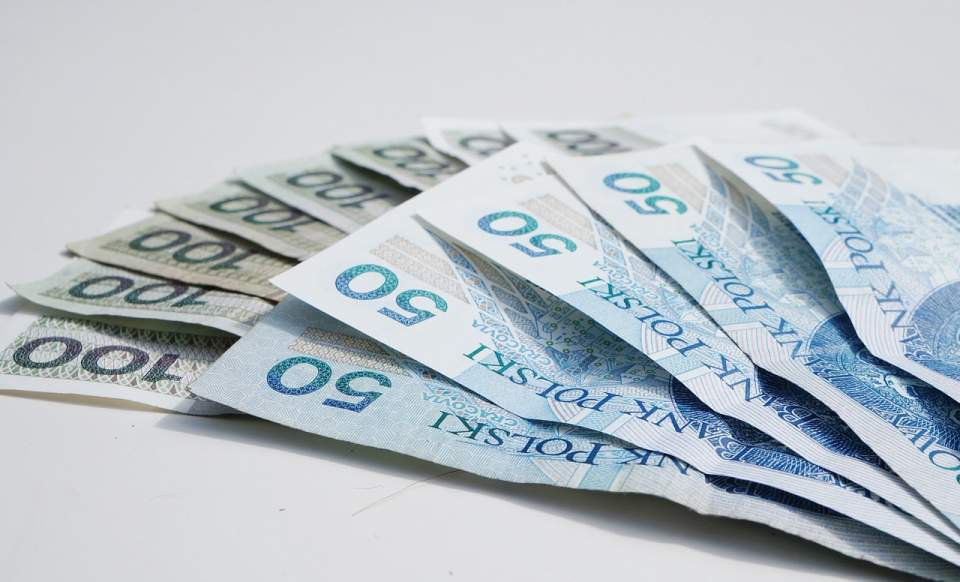 Nawet 13 tys. zł miesięcznie zarabiają specjaliści IT w Polsce
