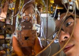 ibm-quantum-processor-4