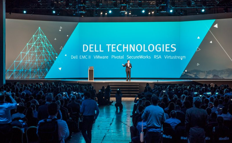 7 września Dell formalnie przejmie EMC