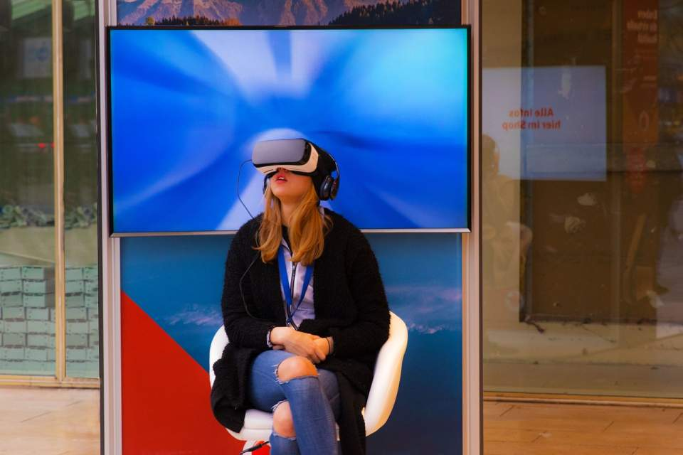 Rok 2017 będzie przełomowy dla biznesowych zastosowań wirtualnej rzeczywistości