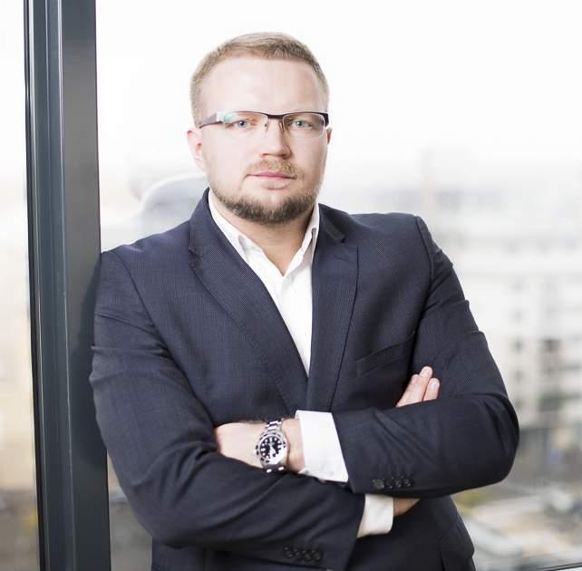 Bartosz Bednarski nowym szefem Axence