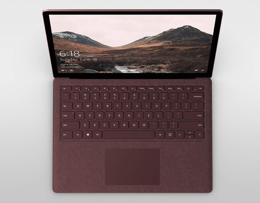 Pierwszy laptop firmy Microsoft trafi na rynek już za miesiąc