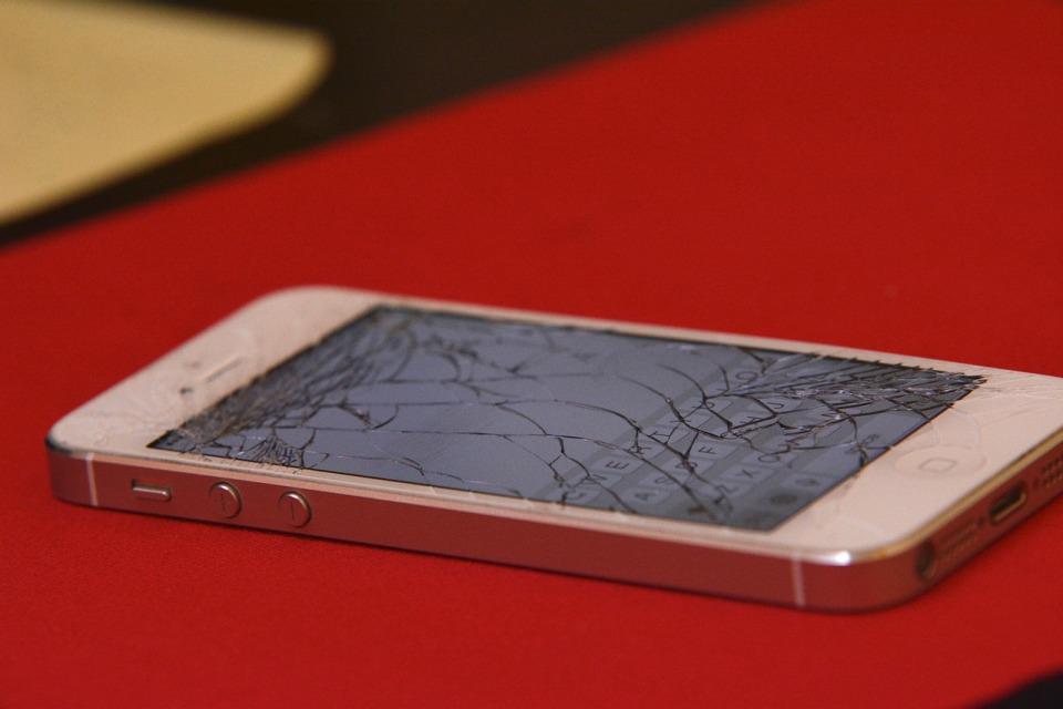 Co najczęściej psuje się w firmowych urządzeniach mobilnych?