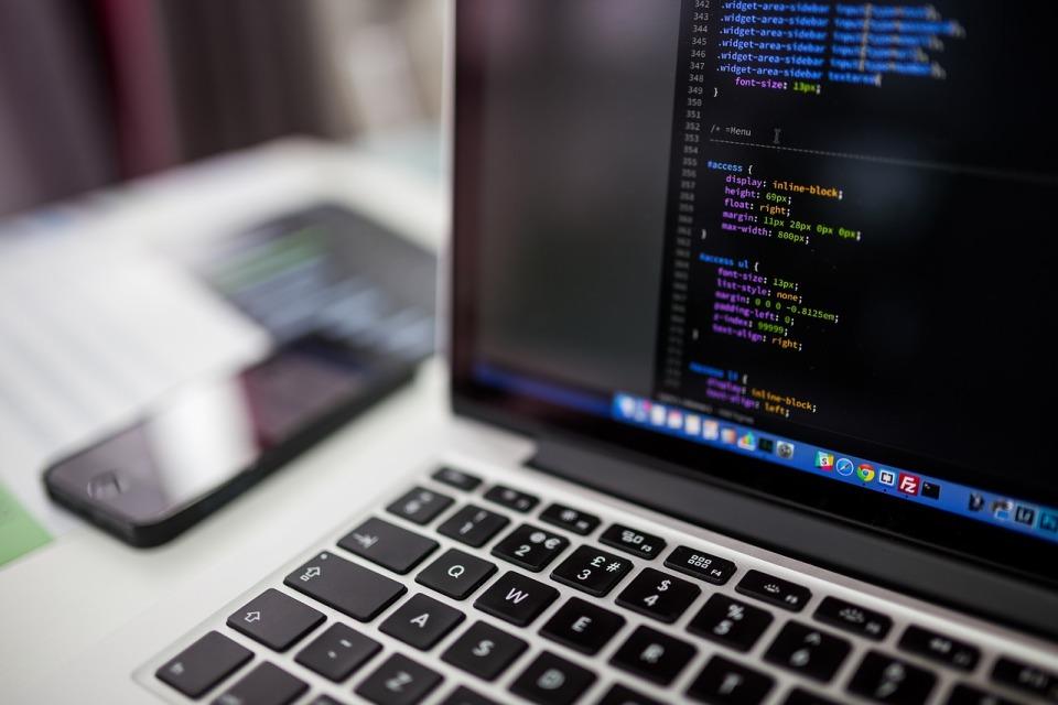 Python najbardziej cenionym językiem programowania wśród programistów