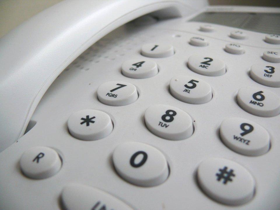 Uniezależnij firmową telefonię stacjonarną od jej typowych ograniczeń