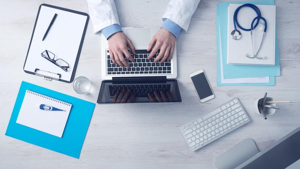 Devs4Docs – branża IT pomaga polskiej służbie zdrowia