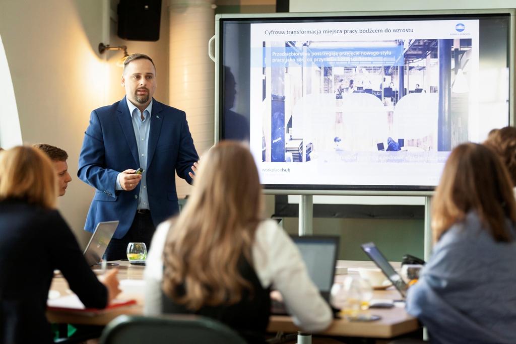 Konica Minolta oferuje nowe rozwiązania biznesowe dla małych i średnich firm