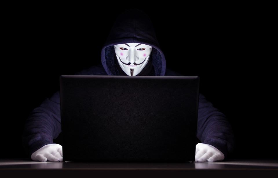 Raport McAfee: coraz bardziej kreatywni przestępcy i masowe wycieki danych