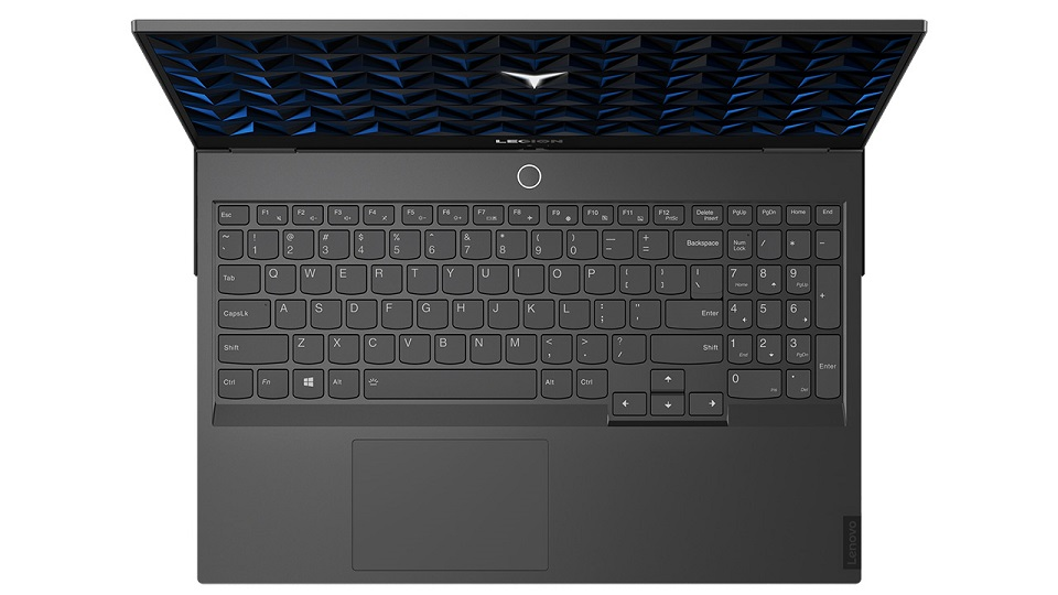 Nowe laptopy, monitory i akcesoria do laptopów Lenovo dla branży gamingowej
