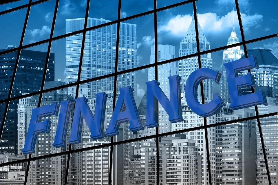 Banki z Europy Środkowo-Wschodniej wykorzystują nowe technologie do transformacji biznesu i zmiany wizerunku