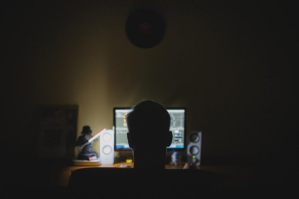 W jaki sposób firmowa kultura cyberbezpieczeństwa może ochronić przed atakami hakerów