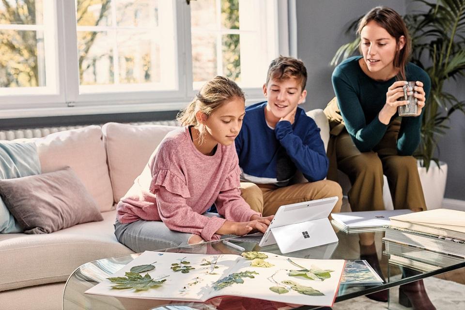 Bezpłatna platforma do zdalnego nauczania – wspólny projekt Microsoft, Operatora Chmury Krajowej i T-Mobile