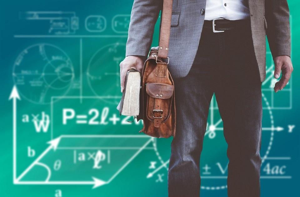 Akademia Leona Koźmińskiego we współpracy z Oracle wykształci liderów biznesu pod kątem AI i Big Data