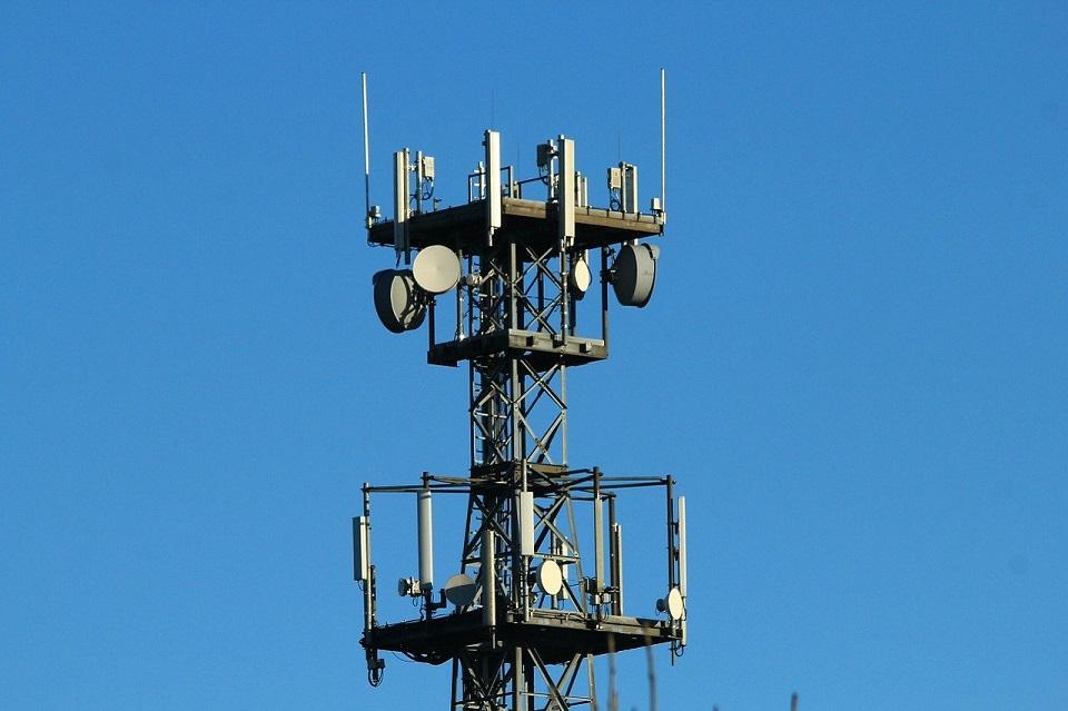 Play zwiększa zasięg sieci 5G o 53 miejscowości
