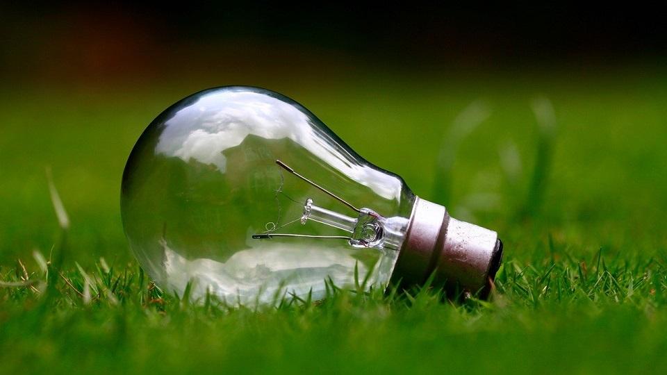 Rosnące koszty energii i emisja CO2 napędzają popyt na zielone centra danych