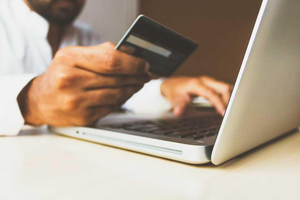 Czy Twój sklep internetowy jest przygotowany na przedświąteczny szczyt zakupów?
