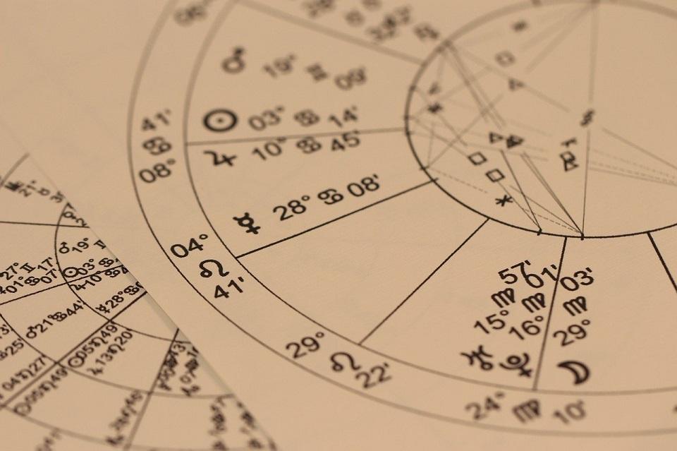 Część przedsiębiorców traktuje astrologię jako narzędzie analityczne