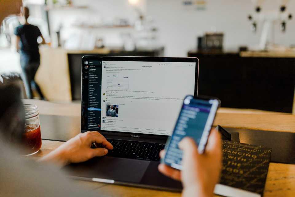 Nowe możliwości platformy Slack po przejęciu przez Salesforce