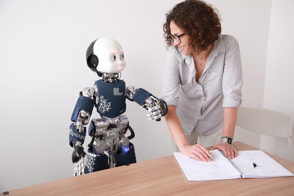 Nie jesteśmy jeszcze gotowi na budowę relacji z robotami
