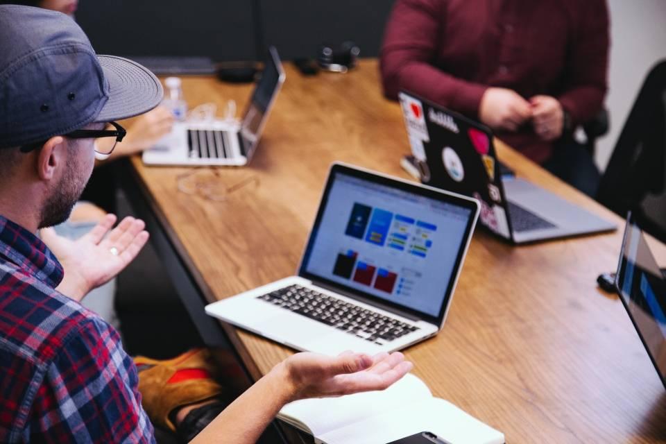Poprawa wyników, redukcja kosztów i jakość obsługi klienta na szczycie priorytetów biznesu w obszarze IT