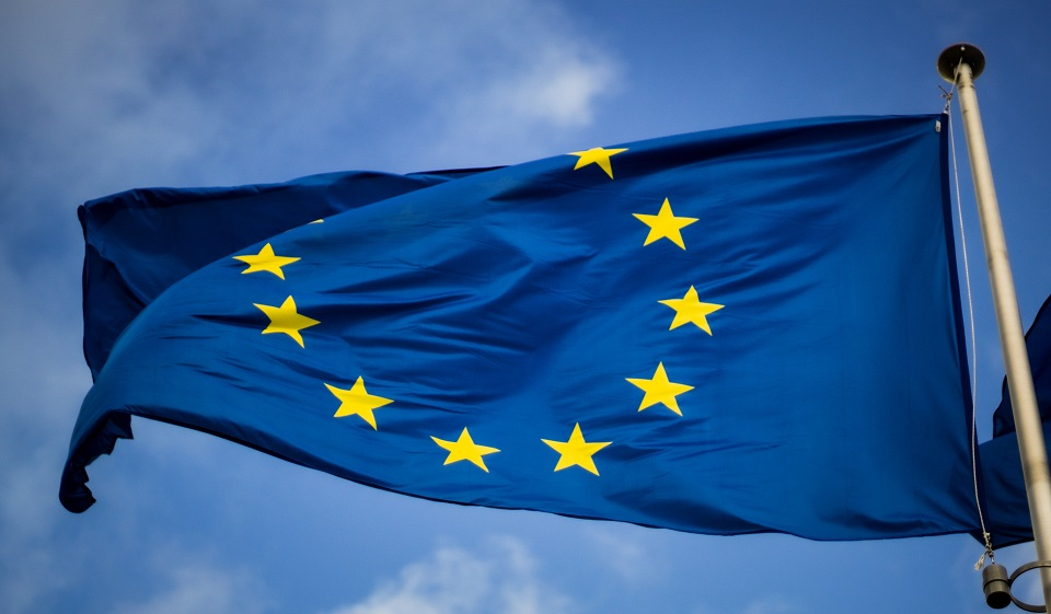 Microsoft pozwoli na przechowywanie danych w chmurze tylko na terenie UE