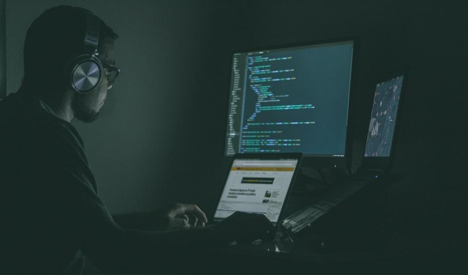 Jak zapobiegać i radzić sobie z atakami ransomware?