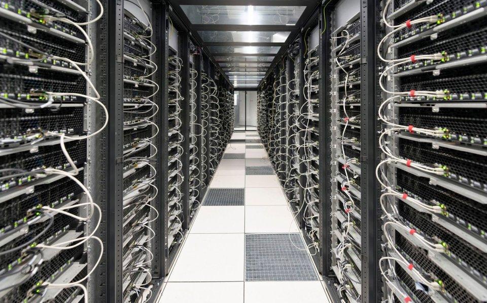 Scaleway wprowadza do oferty korporacyjne instancje obliczeniowe oparte na platformie AMD EPYC