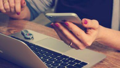 Ponad połowa Polaków załatwiając formalności w banku korzysta z bankowości internetowej