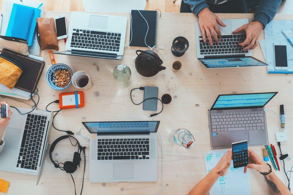 Europa zatrudnia już 8,5 mln specjalistów IT, w Polsce pracuje co 15-ty